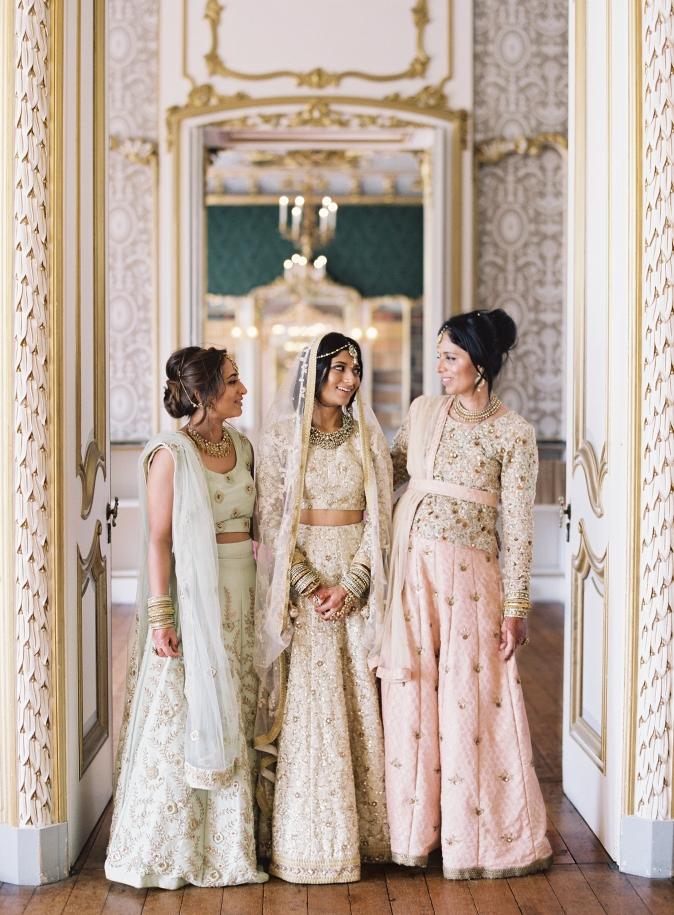 29-pastel-indian-bride-bridesmaids.jpg