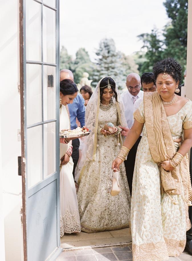 32-modern-indian-wedding-cerepmy.jpg