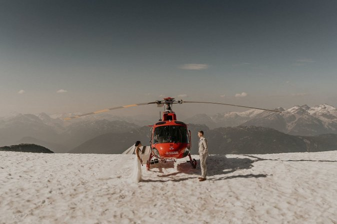 whistler-mountain-helicopter-elopement-wedding_0110.jpg